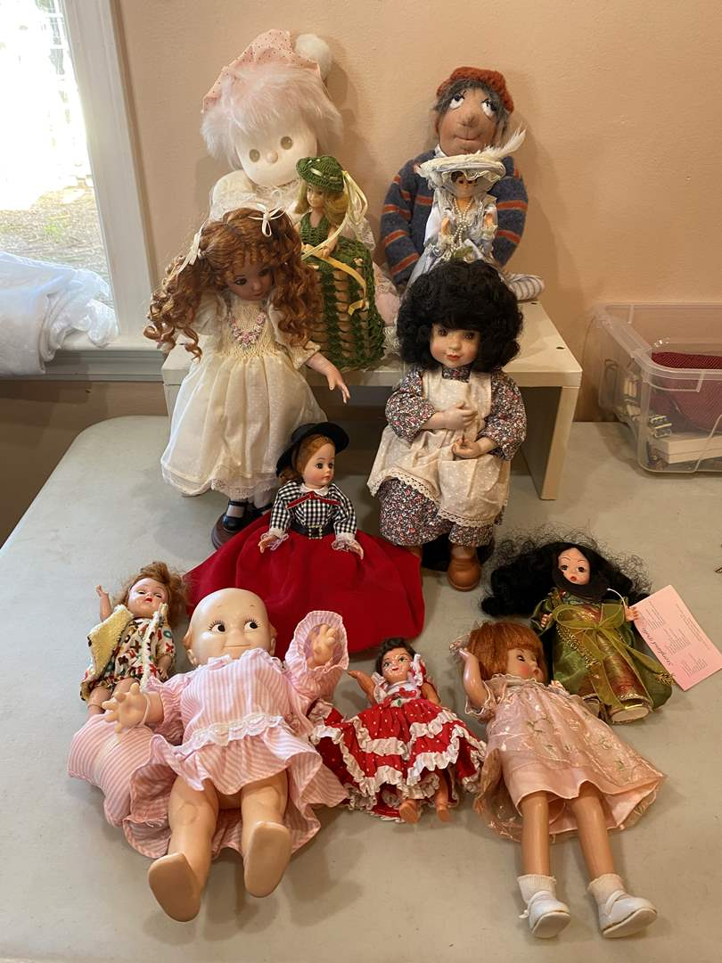 Lot # 101 - Collection of Dolls - W Kewpie Doll (main image)