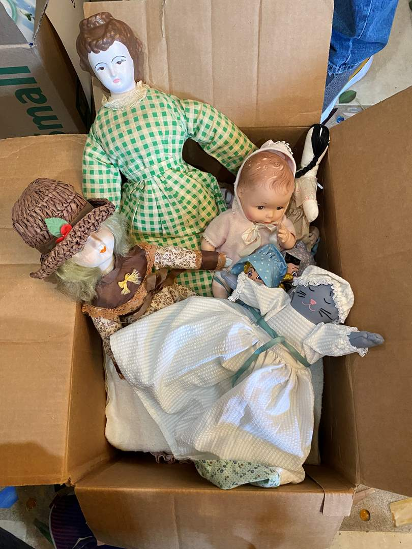 Lot # 104  - Collection of Dolls (main image)