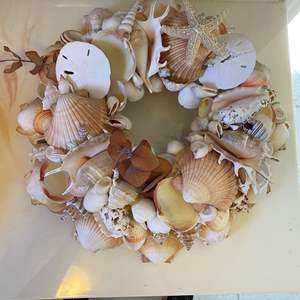 Auction Thumbnail for: Lot # 90 - Shell Wreath