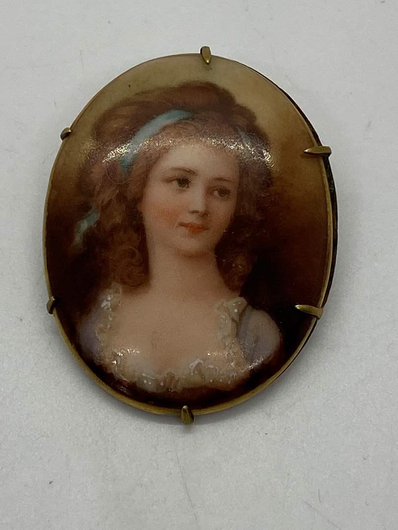 Lot # 42 - Victorian Portrait Brooch (main image)