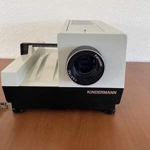 """Lot# 35-Vintage Kinderman Slide Projector 2 1/2""""  2 1/4"""" 6X6 cm"""