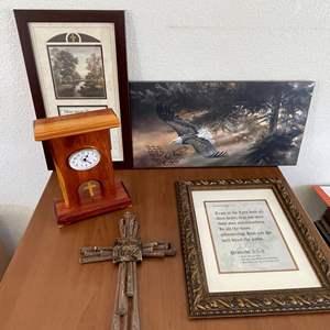 Lot# 41-Biblical Scripture Home Decor