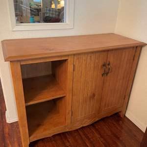 Lot# 93-Cupboard Cabinet