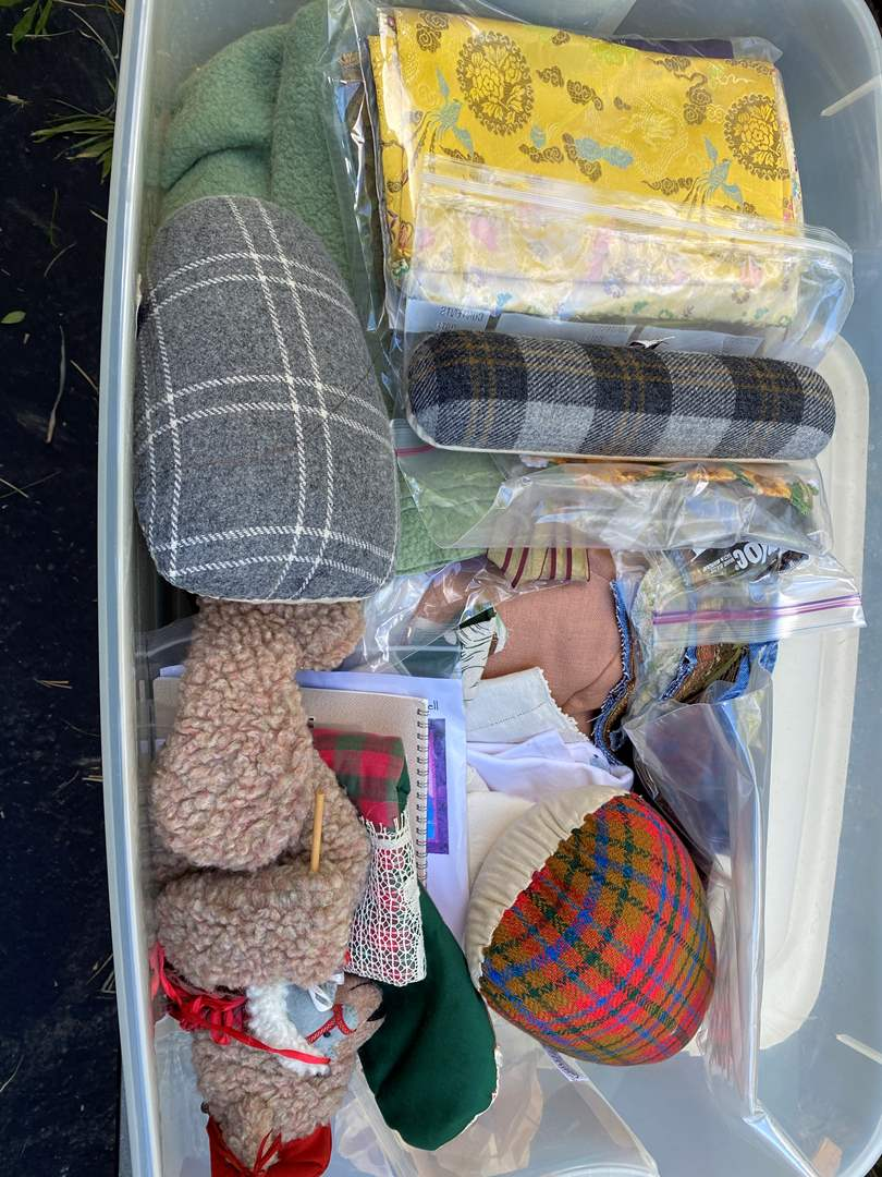 Lot # 18 - Extra Large Tote of Crafting Supplies (main image)