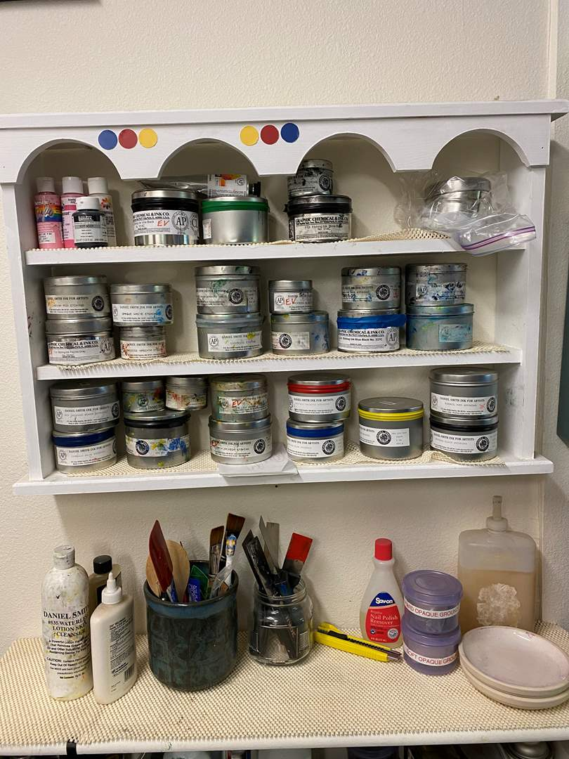 Lot # 40 - Two cabinets full of etching inks and supplies (main image)