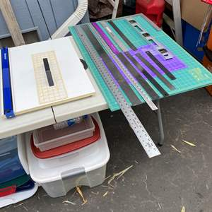 Lot # 65 - Cutting surfaces & mat cutters