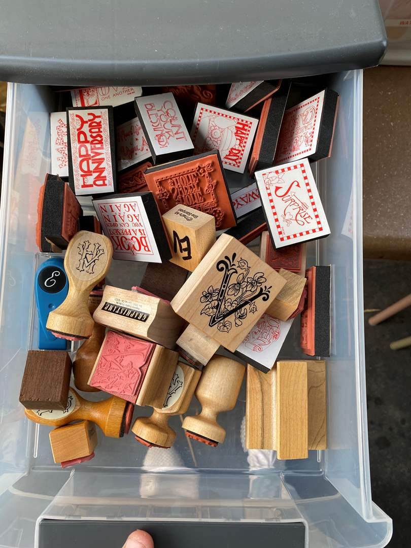 Lot # 66 - LARGE Lot of rubber stamps w/Caddy (main image)
