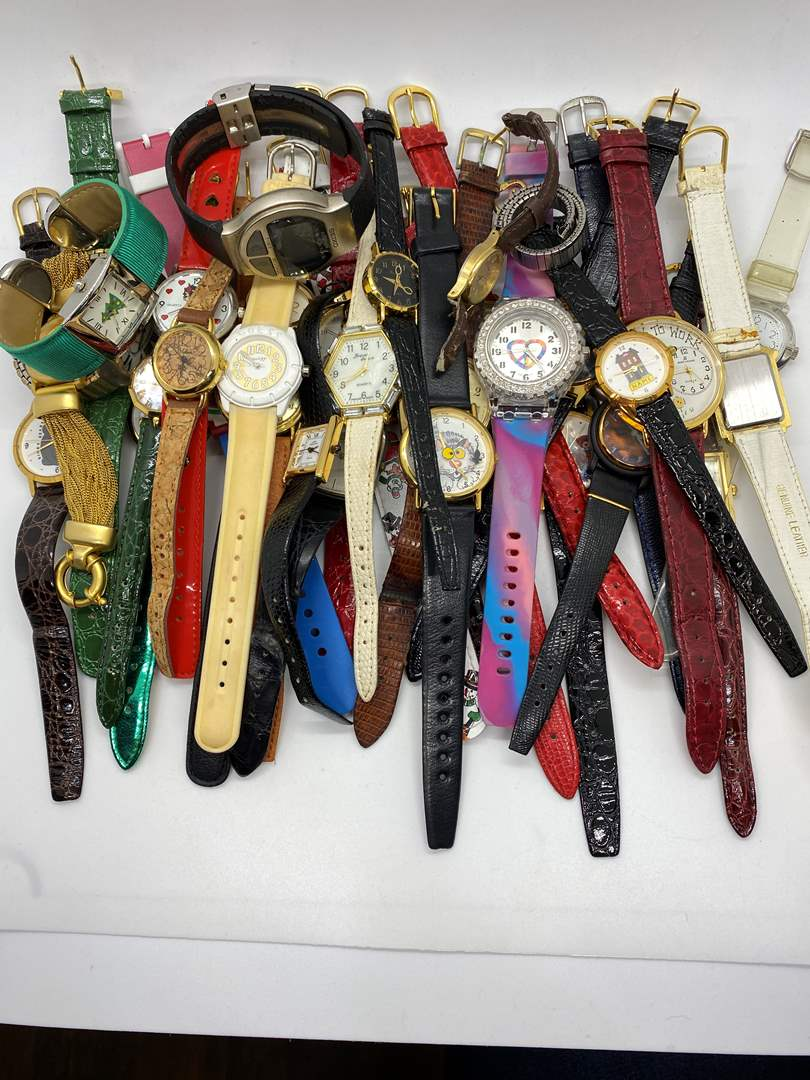 Lot # 95 - Watches (main image)