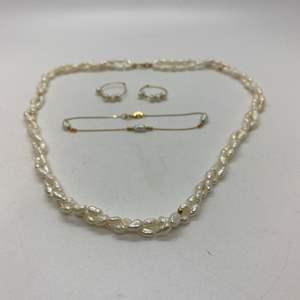 Lot # 123 - 14k Gold & Fresh Water Pearl Jewelry