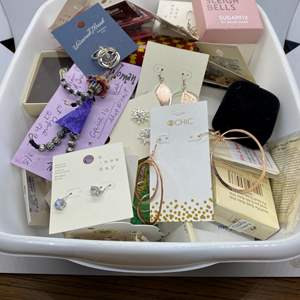 Lot # 220 - NEW-WITH-TAGS Jewelry
