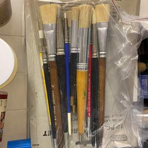 Lot # 234 - 3-drawer cubby full of art supplies