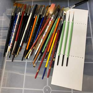 Lot # 236 - 6-drawer cubby full of art supplies