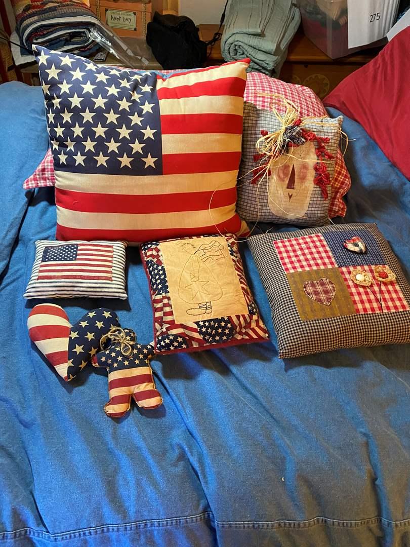Lot # 288 - Hand made patriotic pillows (main image)