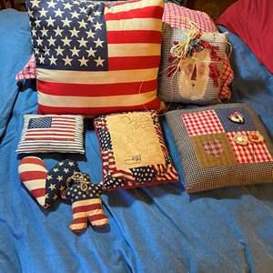 Lot # 288 - Hand made patriotic pillows