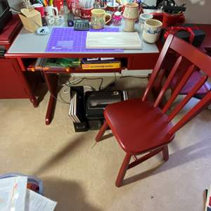 Lot # 304 - Office Desk, Chair, Supplies and Shredder