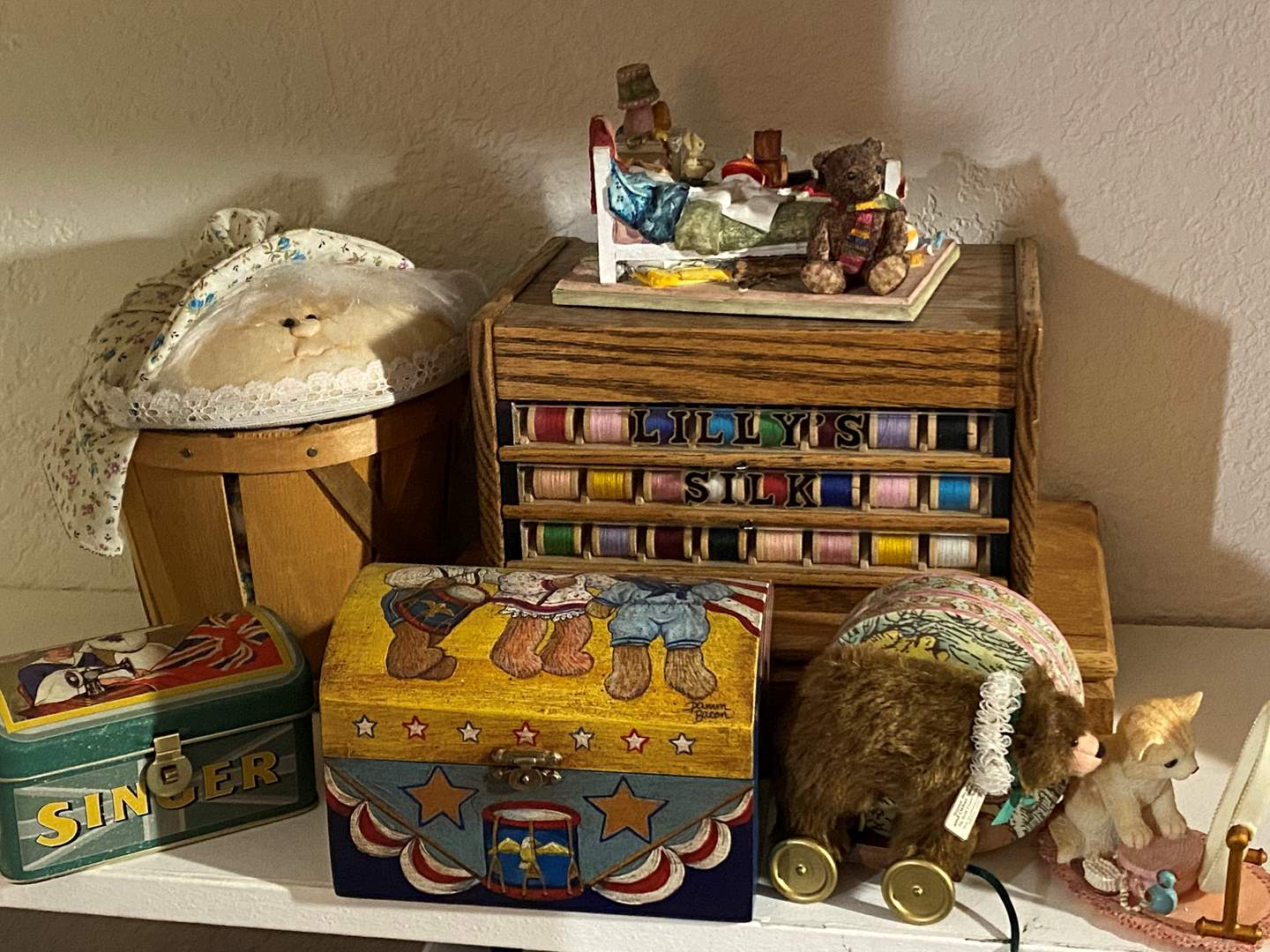 Lot # 324 - Vintage Thread Drawer and Decor Items (main image)