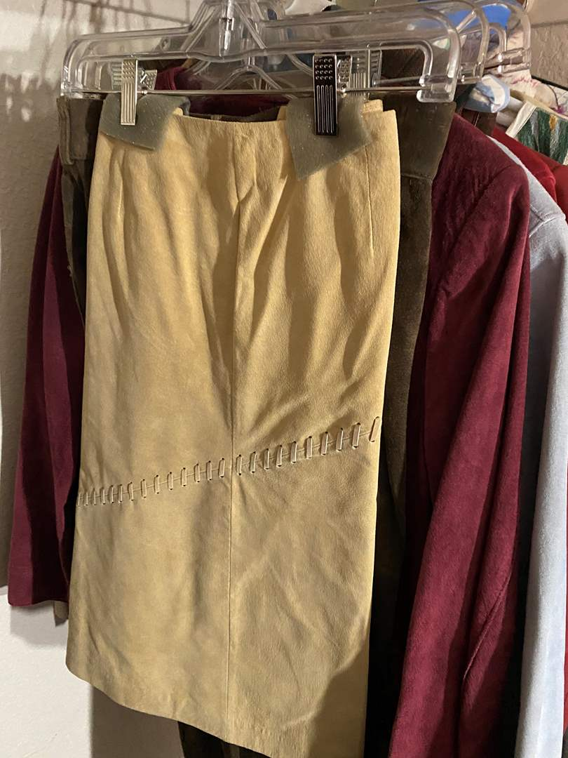 Lot # 343 - Leather/Suede Clothing (main image)