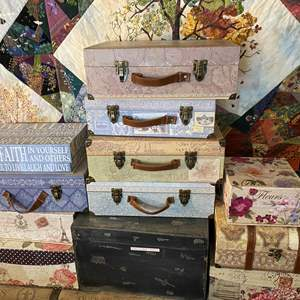 Lot # 454 - 10 Michaels Fashion Boxes