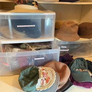 Lot # 464 - Hats, Scarfs and Gloves