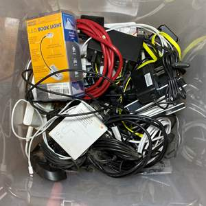 Lot # 475 - Electronics Lot of Chargers