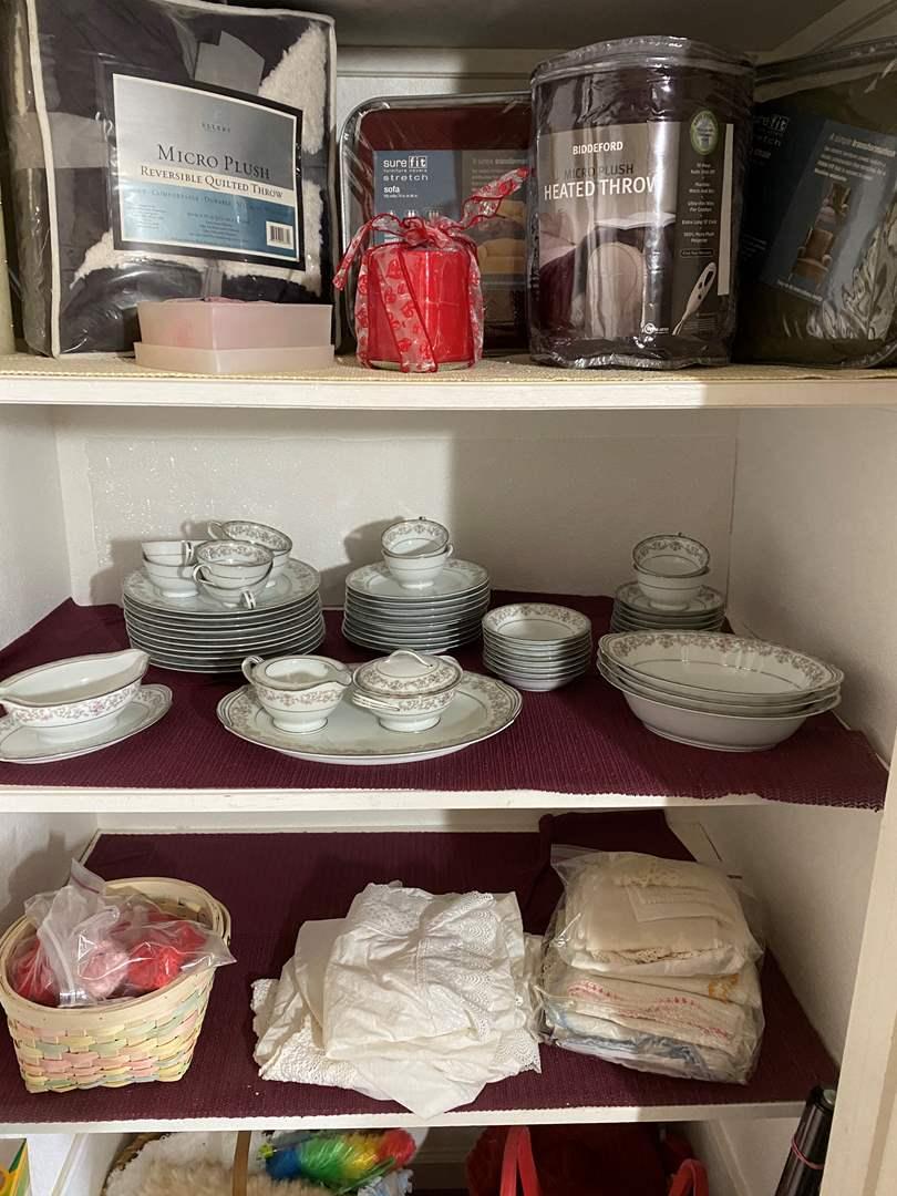Lot # 479 - Bedroom Closet Contents (main image)