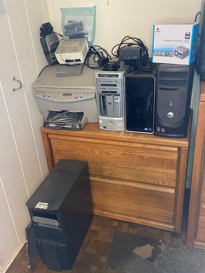 Lot # 481 - Computer Equipment (main image)