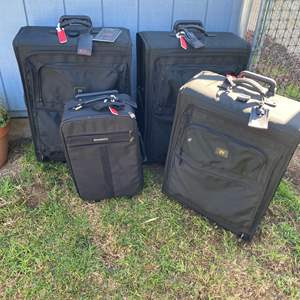 Lot # 570 - TUMI Luggage Three Pieces Plus One Samsonite