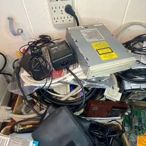 Lot # 491 - Misc Electronics