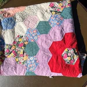 Lot # 594 - Handmade Quilt