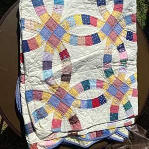 Lot # 595 - Handmade Quilt
