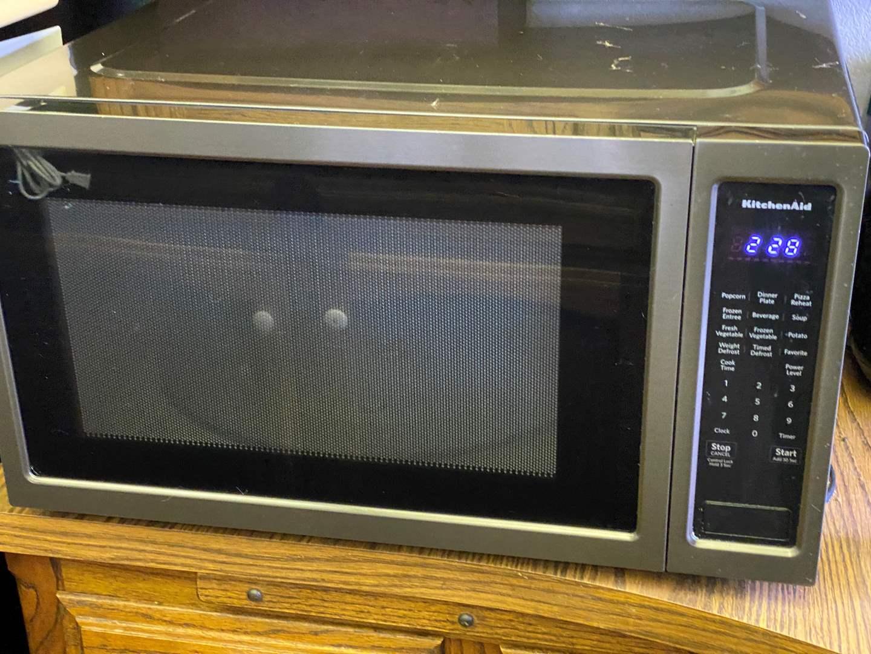 Lot # 643 - Microwave by KitchenAid (main image)