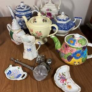 Lot # 644 - Tea Pots & Accessories