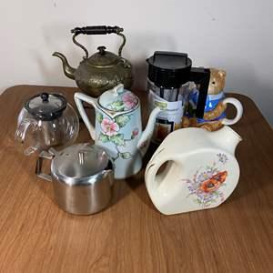 Lot # 645 - Tea Pots