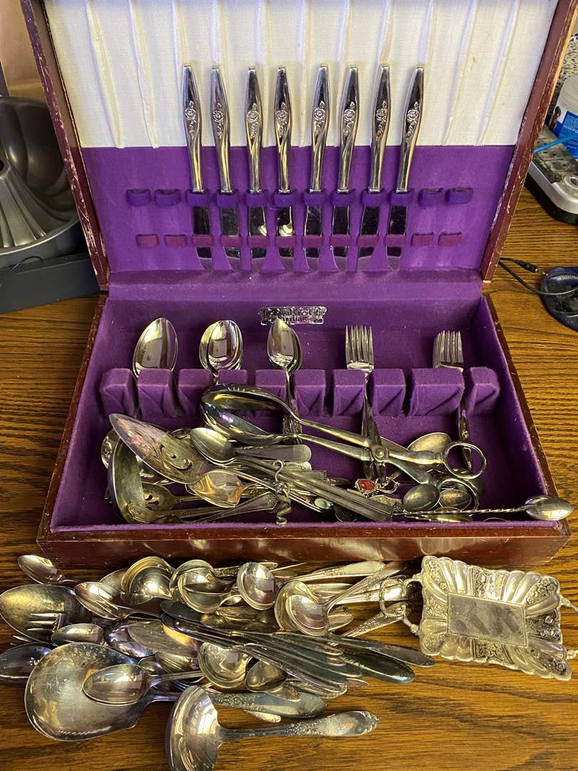 Lot # 649 - Silver Plate Flatware (main image)