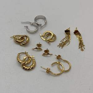 Lot # 126 - 14k Gold Hallmark Earrings (7.2g)