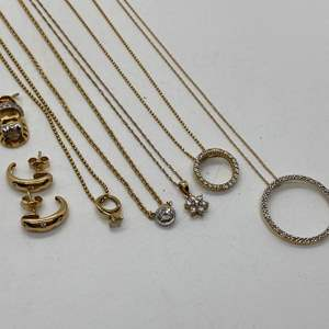 Lot # 143 - Diamond and 14/10k Gold Hallmarked jewelry (20.6g)
