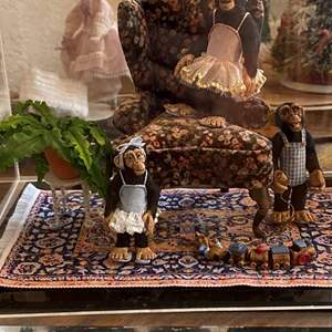 Lot # 373 - Miniatures with Display Cases