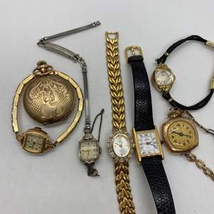 Lot # 421 - Vintage Watches