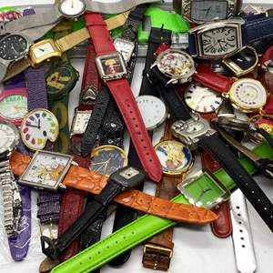 Lot # 426 - 30 Watches