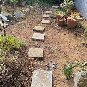 Lot # 511 - Concrete Steppingstone