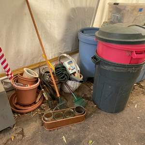 Lot # 545 - Elite Electric Blower/ Rubbermaid Trash Cans/Coleman Ice Chests