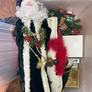 Lot # 561 - Large Lot of Christmas Decor/Ornaments
