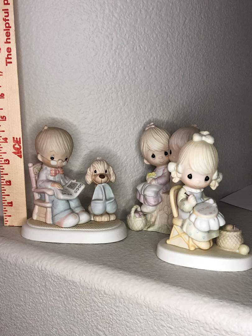 """Lot # 12 - """" Love one another """" Jonathan David Precious Moments Figurines (main image)"""