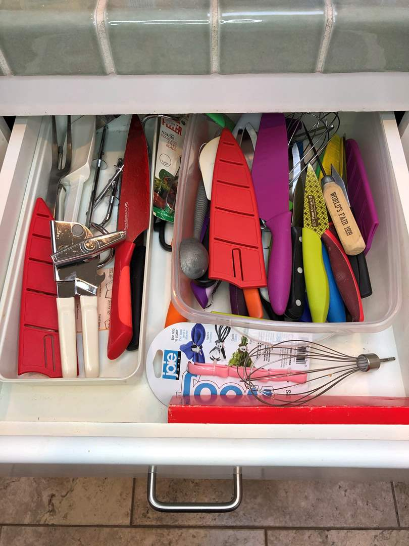 Lot # 41 - 2 Drawers Full Of Kitchen Utensils,  Pure Komachi Knives and More  (main image)