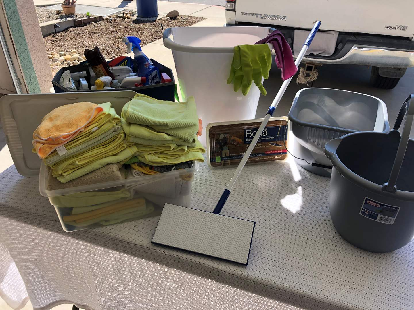 Lot # 46 - Cleaning Products Galore Great value !! (main image)