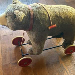 Lot # 656 - Vintage 1930's Steiff Bear on Wheels, Pull String and Growler Works