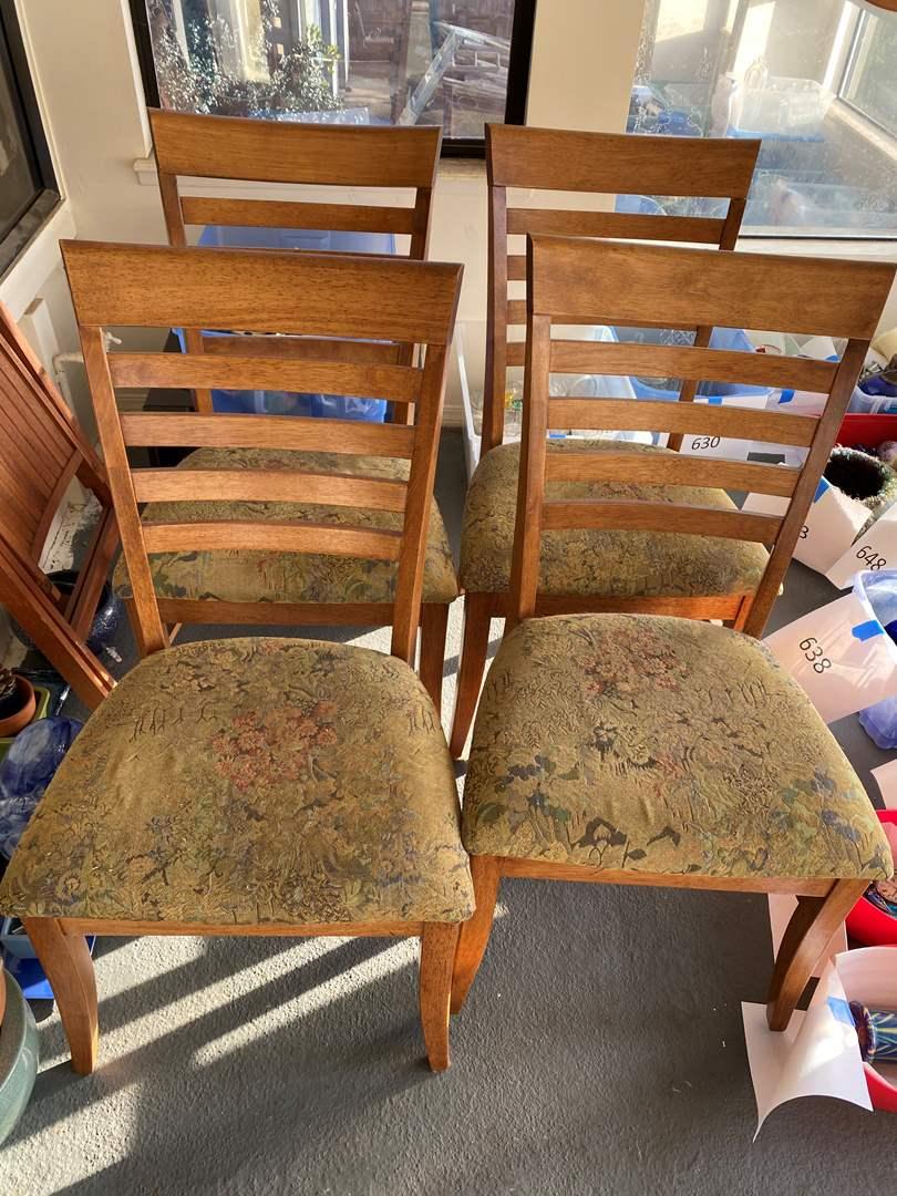 Lot # 694 - Set of 4 Chairs - one needs repair (main image)