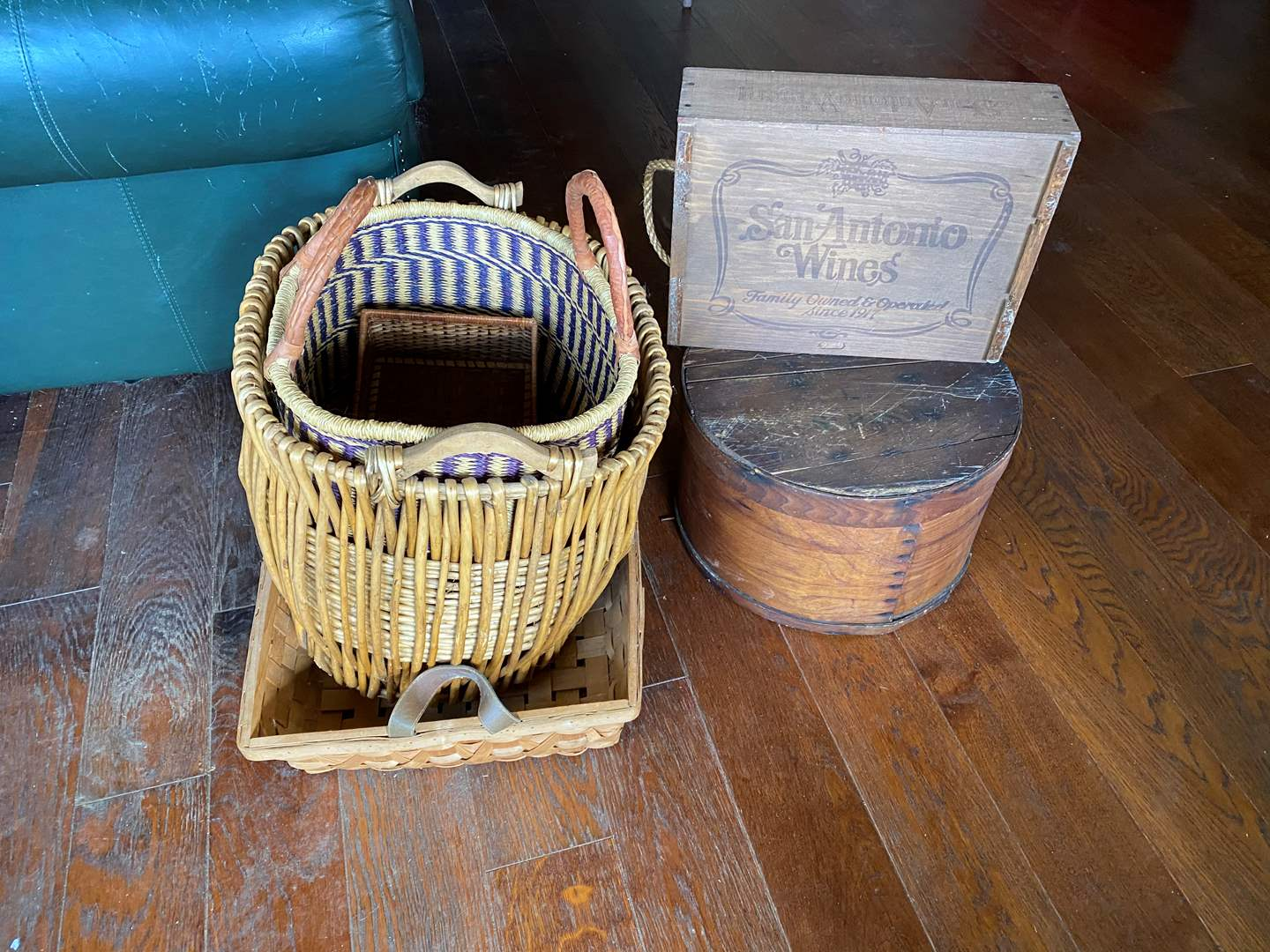 Lot # 724 - Antique Wooden Hat Box and Decor (main image)