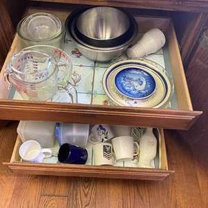 Lot # 608 - Pyrex Measuring Cups and More Kitchen Cupboard Goods