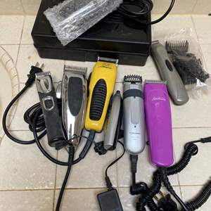 Lot # 717 - Several Pairs of Clippers